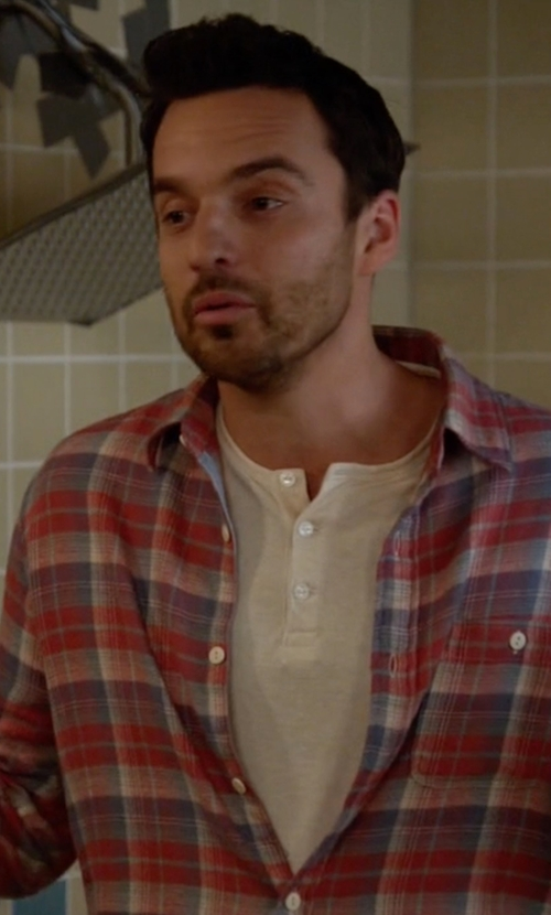 Jake Johnson with James Perse Long Sleeve Henley Tee in New Girl