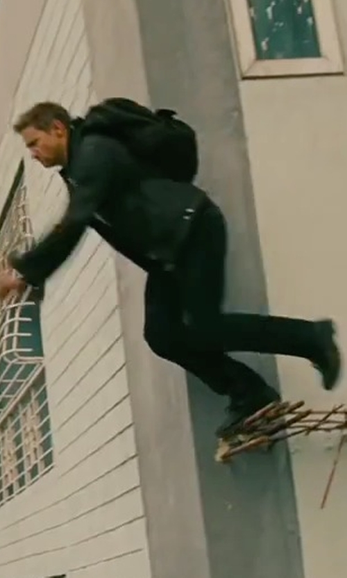 Jeremy Renner with Timberland Chocorua Trail Gore-Tex Hiking Boots in The Bourne Legacy
