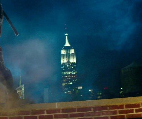 Empire State Building New York City, New York in Teenage Mutant Ninja Turtles (2014)
