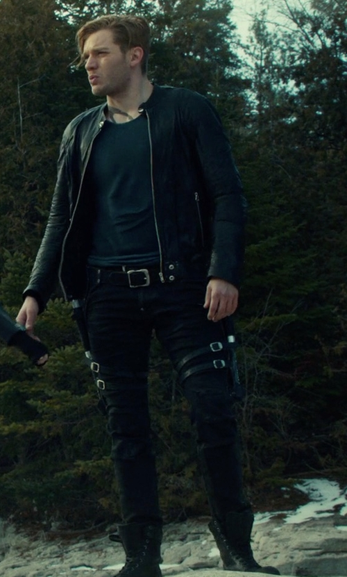 Dominic Sherwood with G-Star 5620 Elwood 3D Super Slim Color Jeans in Shadowhunters