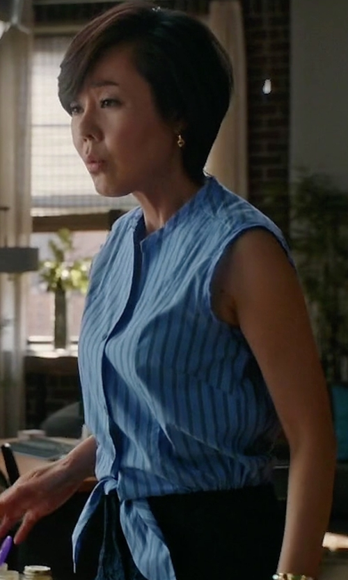 Yunjin Kim with Sandro Poma Cotton And Lace Playsuit in Mistresses