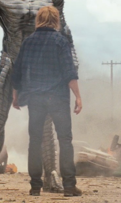Chris Hemsworth with John Deere Lace-Up Boots in Thor