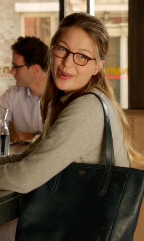 Melissa Benoist with Fossil Sydney Shopper Shoulder Bag in Supergirl