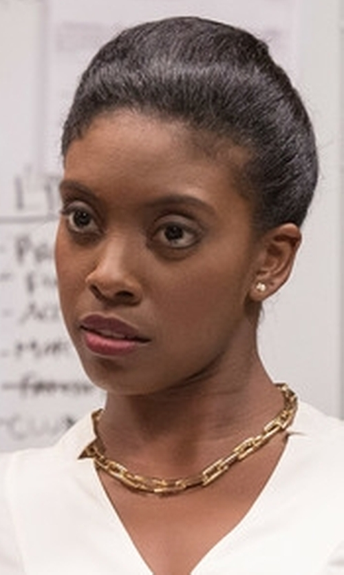 Condola Rashad with Vince Camuto Collar Chain Necklace in Billions