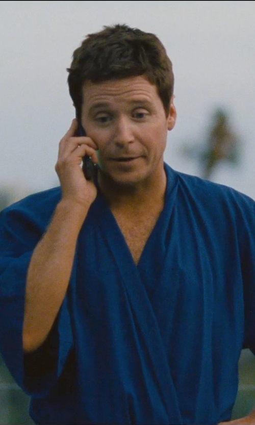 Kevin Connolly with Apple iPhone 5 in Entourage