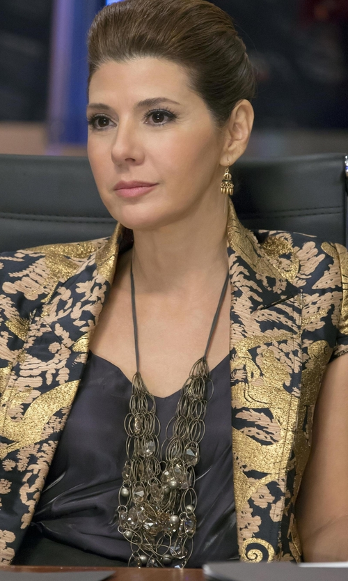 Marisa Tomei with Max Chloe Gala Lotus Bib Necklace in Empire