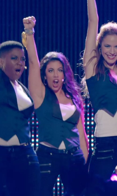 Chrissie Fit with James Perse Long Jersey Tank in Pitch Perfect 2