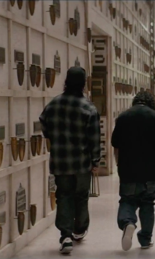 O'Shea Jackson Jr. with Icebreaker Lodge Plaid Shirt in Straight Outta Compton