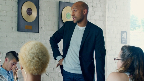 Keegan-Michael Key with Theory Wellar HC Suit Jacket in Pitch Perfect 2