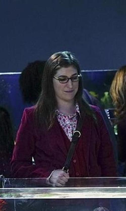 Mayim Bialik with Decree Long-Sleeve Blazer in The Big Bang Theory