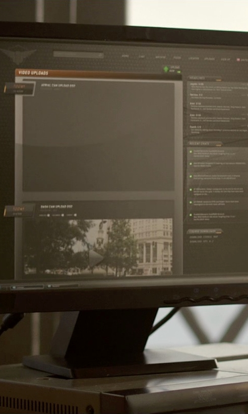 Michael Keaton with Asus 19.5-Inch Screen LED-Lit Monitor in Need for Speed
