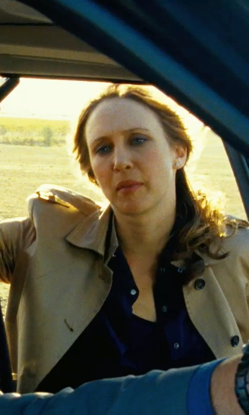 Vera Farmiga with Tommy Hilfiger Long-Sleeve Button-Down Shirt in Safe House