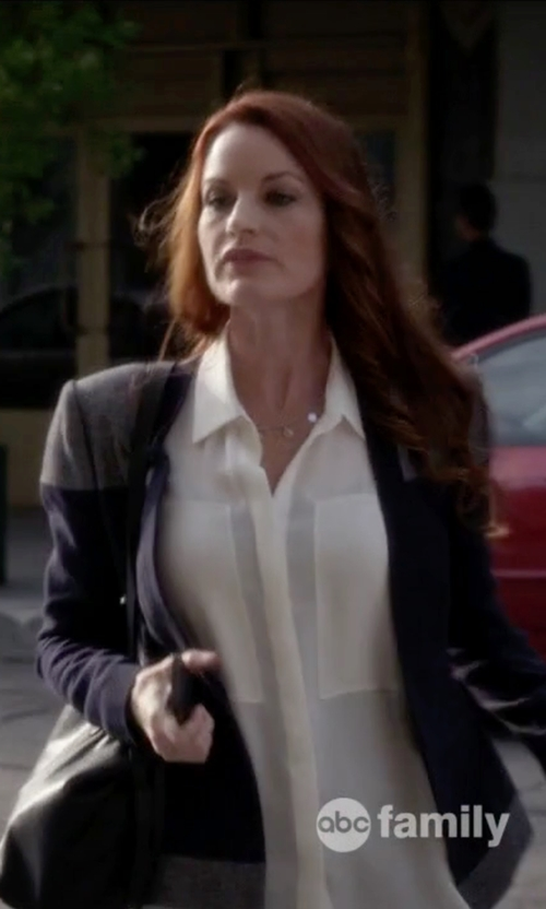 Laura Leighton with Theory Duria Silk Sleeveless Blouse in Pretty Little Liars