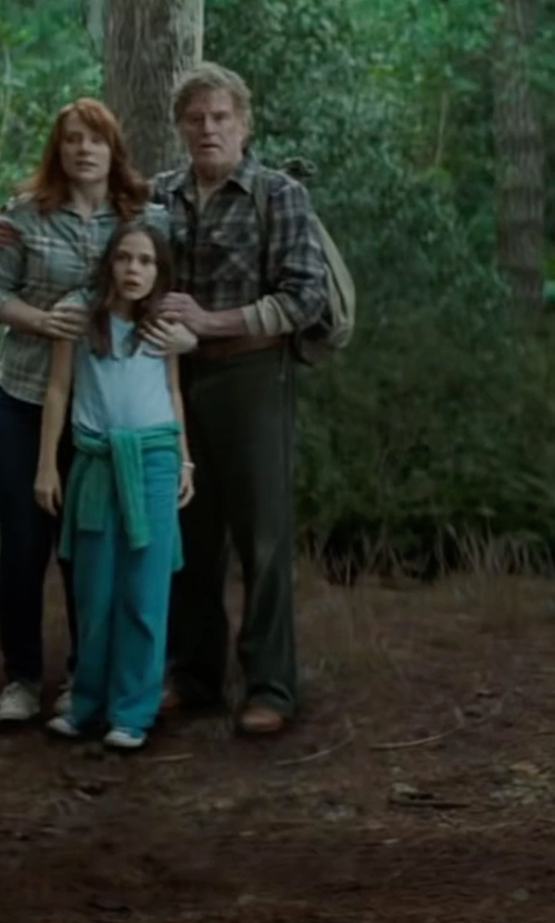 Robert Redford with Johnston & Murphy Tillman Waterproof Cap-Toe Oxford Shoes in Pete's Dragon