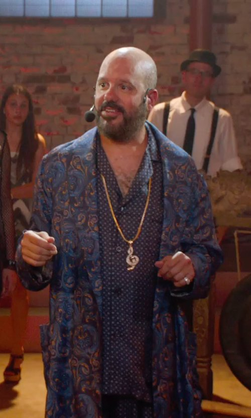 Ritchie Montgomery with Majestic International Spice Market Kimono Robe in Pitch Perfect 2