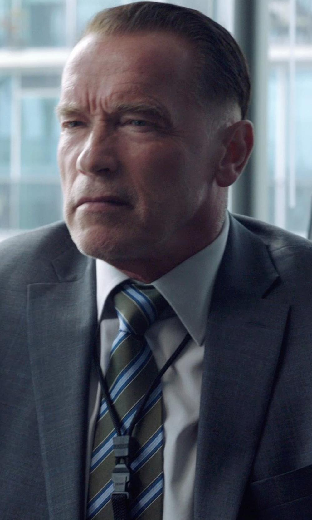 Arnold Schwarzenegger with THOM BROWNE striped knitted tie in Sabotage