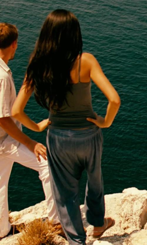 Unknown Actor with Vince Stretch-Linen Jogging Pants in Limitless