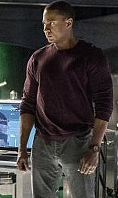 David Ramsey with Michael Kors Interlock Long-Sleeve Cashmere Sweater in Arrow