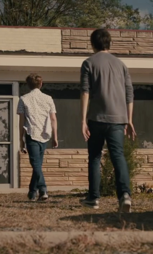 Austin Abrams with Converse 'Chuck Taylor' Low Top Sneakers in Paper Towns