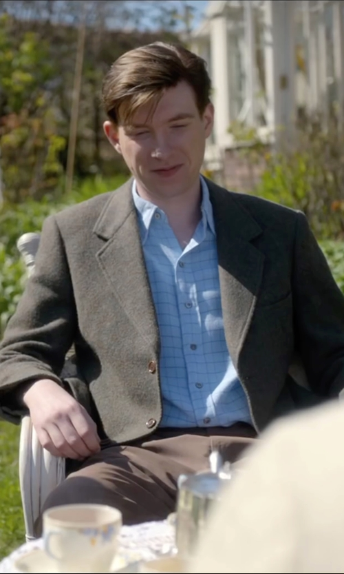Domhnall Gleeson with Baldessarini Knitted Blazer in Brooklyn