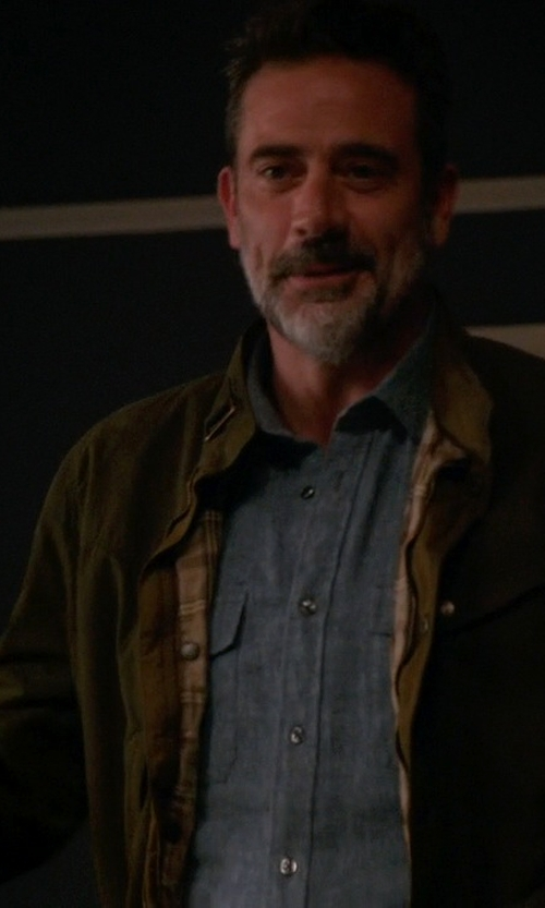 Jeffrey Dean Morgan with Vince Indigo Twill Button Down Shirt in The Good Wife