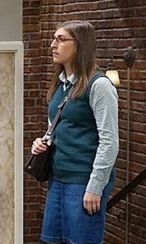 Mayim Bialik with Classroom Uniforms V-Neck Sweater Vest in The Big Bang Theory