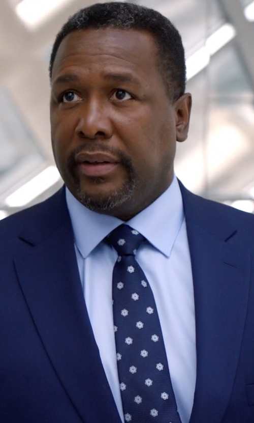Wendell Pierce with Eton Solid Fine-Twill Dress Shirt in Suits