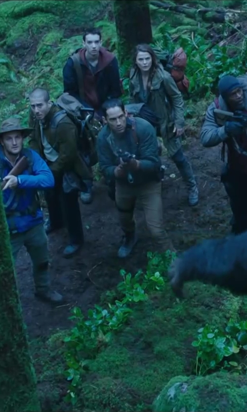 Enrique Murciano with TOPMAN Vintage Slim Chinos in Dawn of the Planet of the Apes