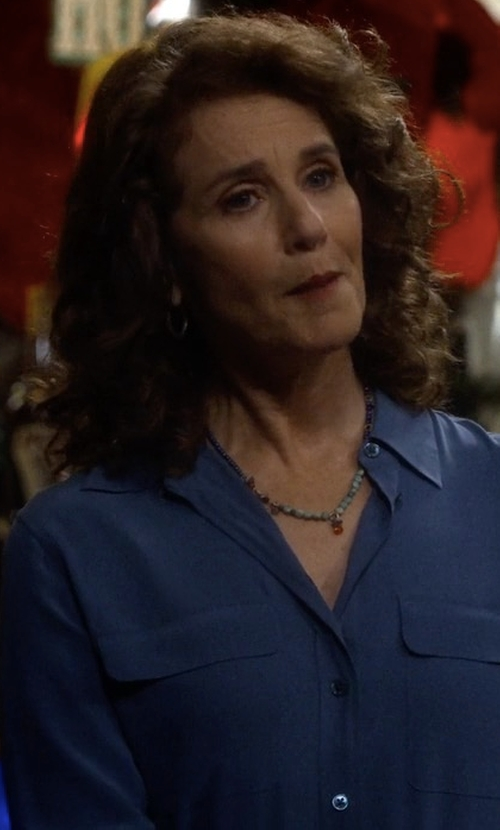 Debra Winger with Bella Dahl Split Back Button Down Shirt in The Ranch