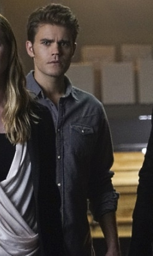 Paul Wesley with Calvin Klein Jeans Modern Fit Sportshirt in The Vampire Diaries