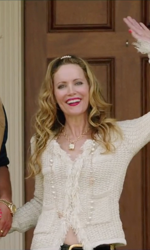 Leslie Mann with Majorica White Pearl & Sterling Silver Necklace in Vacation