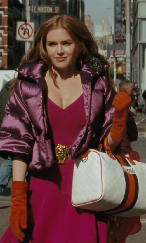 Isla Fisher with Ralph Lauren Cashmere Touch Gloves in Confessions of a Shopaholic