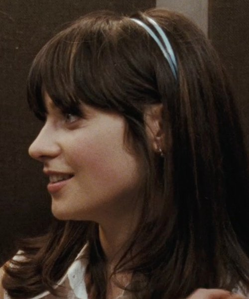 Zooey Deschanel with L. Erickson USA Double Skinny Headband in (500) Days of Summer