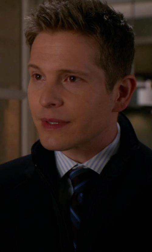 Matt Czuchry with Isaia Striped Tie in The Good Wife