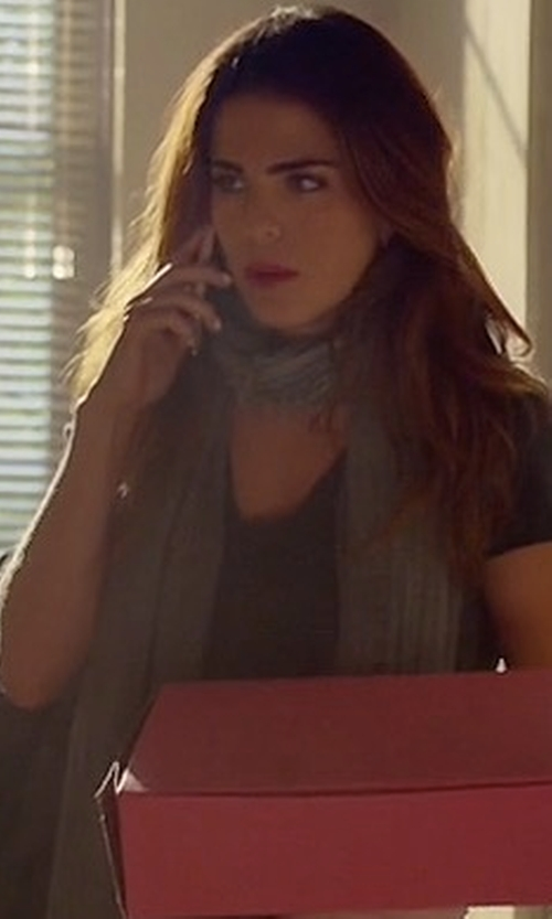 Karla Souza with Eileen Fisher Maltinto Modal/Silk Slub Scarf in How To Get Away With Murder