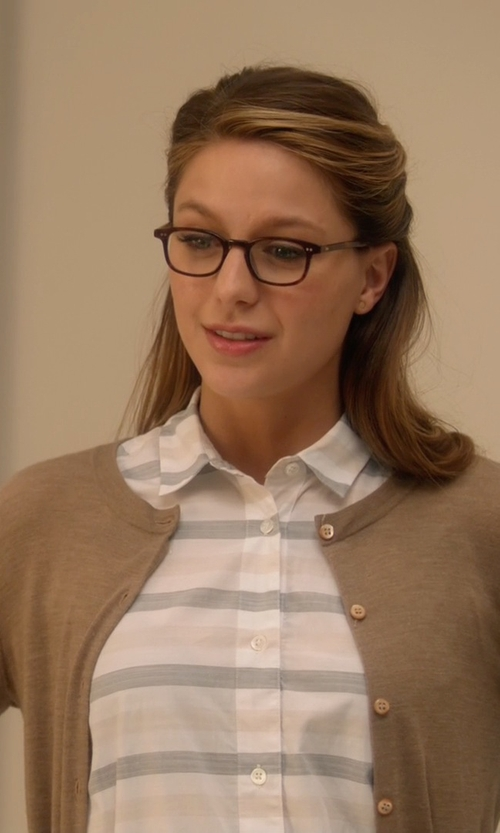 Melissa Benoist with Camixa Striped Button Down Shirt in Supergirl