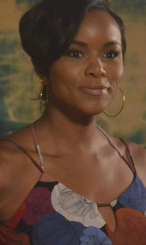 LeToya Luckett with Lana Large Oval Magic Hoop Earrings in Rosewood