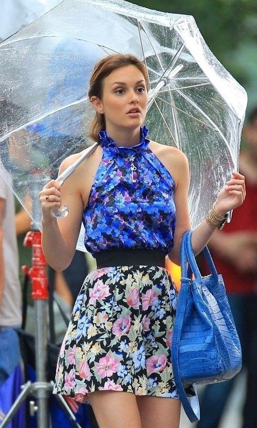Leighton Meester with Erdem  Spring/Summer 2010 Blue Floral Top in Gossip Girl