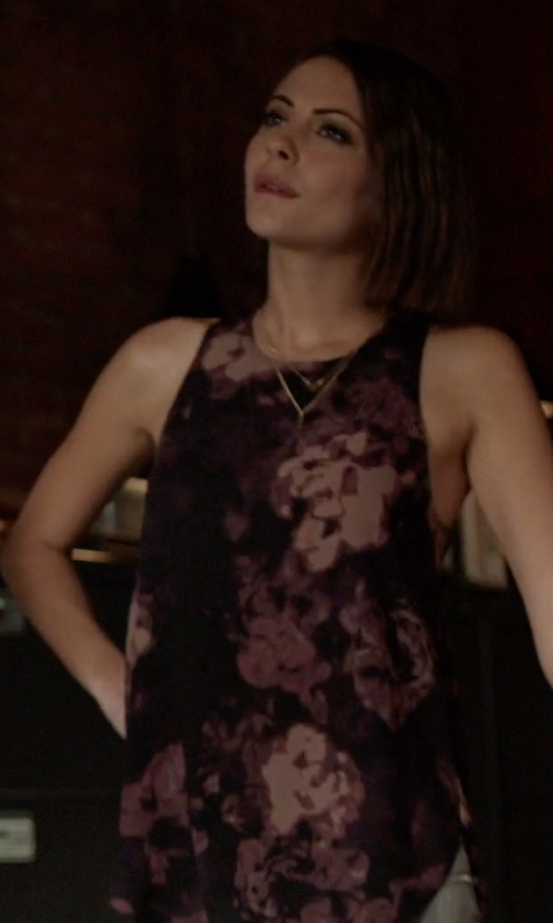 Willa Holland with Wilfred Adalene Blouse in Arrow