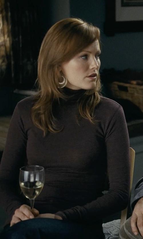 Malin Akerman with Gerard Yosca Double Hoop Earring in Couple's Retreat