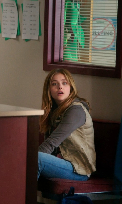 Chloë Grace Moretz with True Religion Becky Bootcut Womens Jean in Laggies