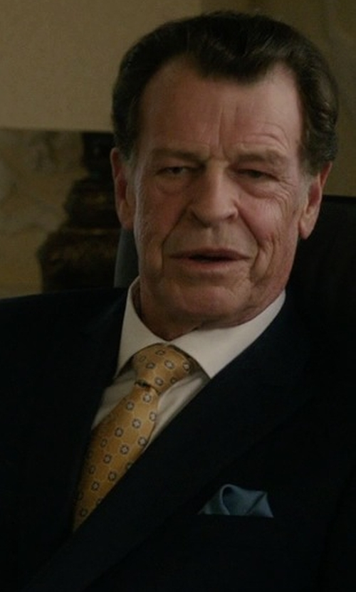 John Noble with J.Z. Richards Medallion Silk Tie in Elementary