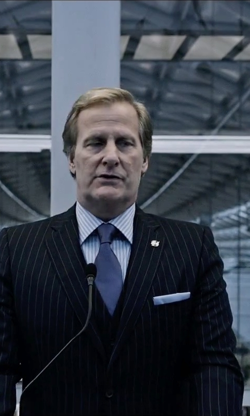 Jeff Daniels with Michael Kors Sapphire Solid II Tie in The Martian