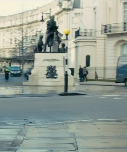 Unknown Actor with 1st Marquess of Westminster Statue London, United Kingdom in Survivor