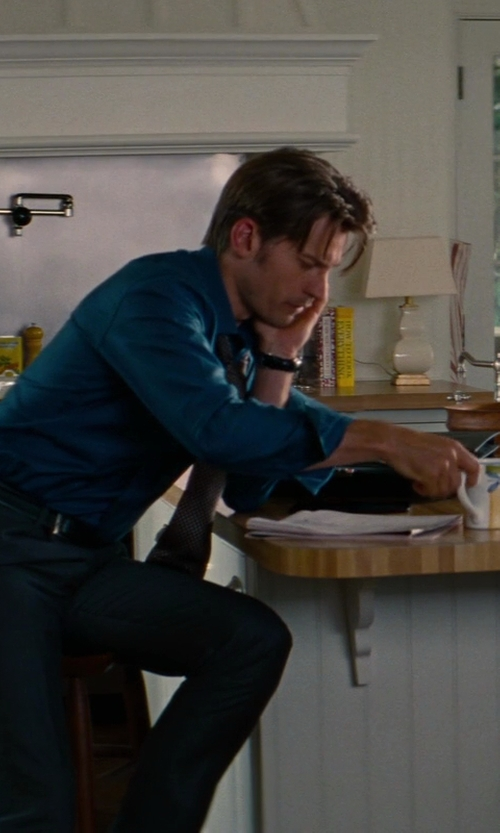 Nikolaj Coster-Waldau with Theory Jake Suit Trousers in The Other Woman