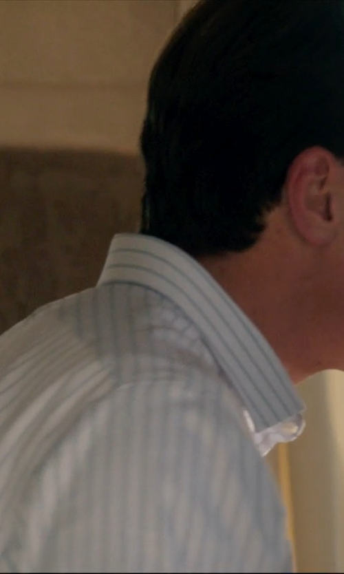 Michael Shannon with Thomas Pink Alford Stripe Dress Shirt in 99 Homes