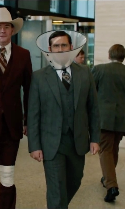 Steve Carell with Tallia Orange Silk Sagittarius Stripe Tie in Anchorman 2: The Legend Continues
