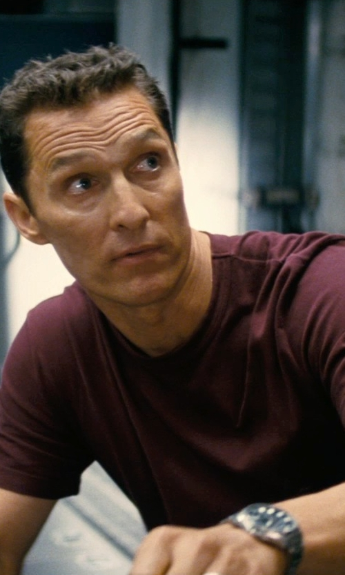 Matthew McConaughey with Theory Gaskell T-Shirt in Interstellar