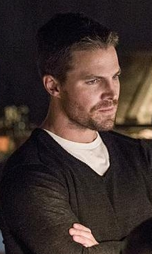 Stephen Amell with Theory Riland Silk & Cashmere Blend Sweater in Arrow