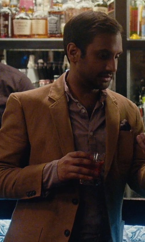 Aziz Ansari with Todd Snyder Sutton Suit Jacket in Master of None